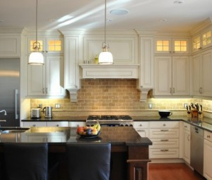 Tanner Vine 2 Go Custom Kitchen