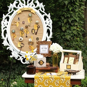 keys-to-success-graduation-party-decor